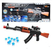 цена 2018 new arrival children toy gun AK47 cs game toys Plastic gunsWater bullet Gun children soft Bullets guns Kids Birthday Gift в интернет-магазинах