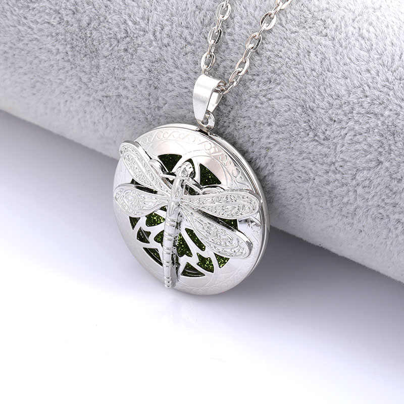 New essential oil aroma diffusing box dragonfly necklace classical opening fashion jewelry to send chain length 60cm + 1 sequins