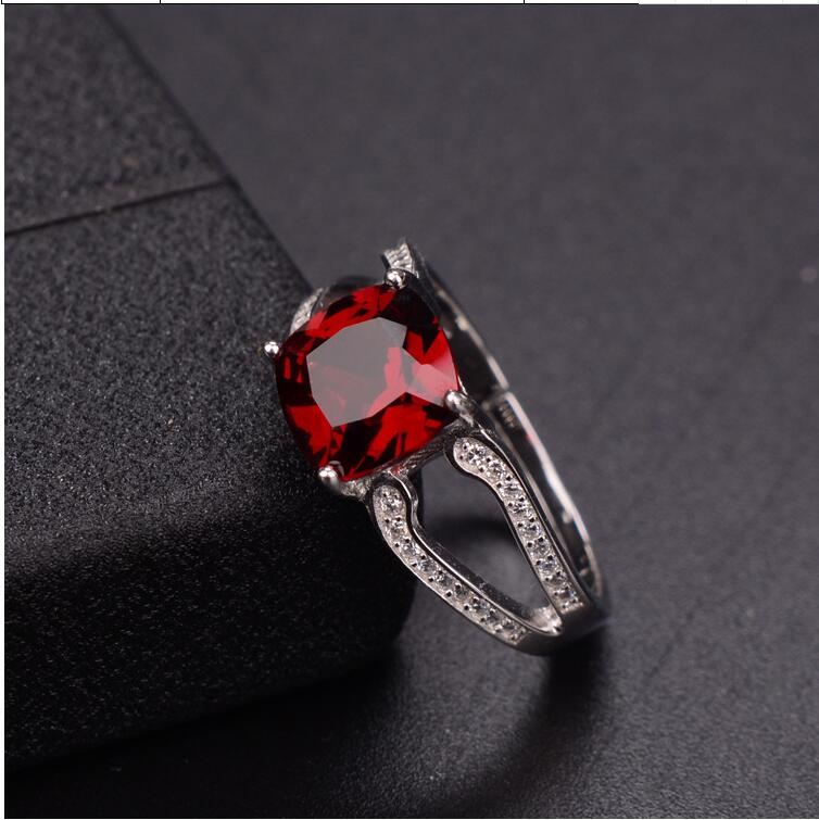 Garnet ring Free shipping Natural real red garnet 925 sterling silver Fine jewelry Gem 8mmGarnet ring Free shipping Natural real red garnet 925 sterling silver Fine jewelry Gem 8mm
