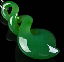 China auspicious green jades carving Necklace Pendant Christmas Gifts
