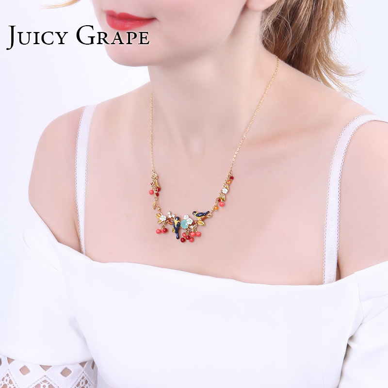 Juicy Grape hand painted enamel flower bird Necklace 2018 New Fashion Jewelry For Women Color Rich girl gift jewelry hot sale 2018 shipping free enamel lovers bird parrot simple flower dyxytwe style fashion necklace for women