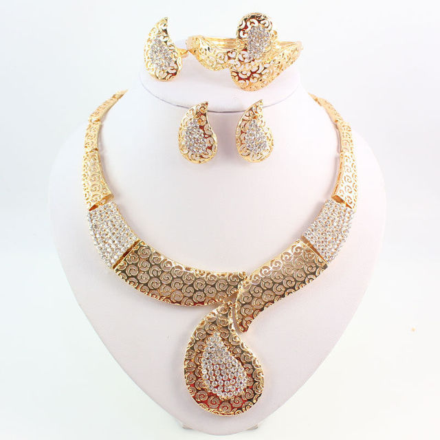 Trendy Indian Gold Jewelry Sets Charm Hollow Statement Crystal Choke
