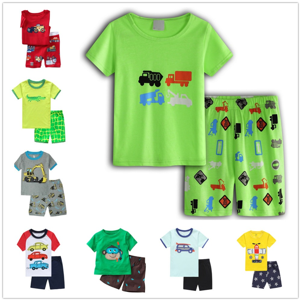 7bbbecd36a4 Digger Baby Boy Pajamas Clothes Suits Green Truck Children Cotton T-Shirts  Short Pants Pyjamas Kid Sleepwear 2-7 Years Tee Shirt