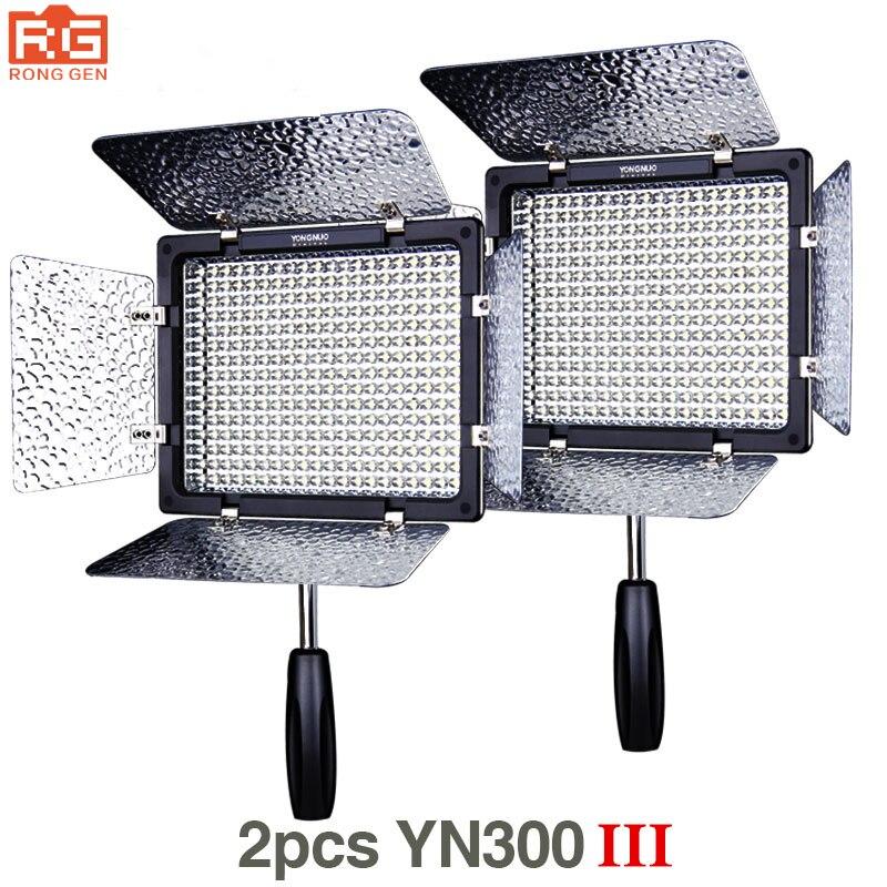 2 pcs Yongnuo YN300 III YN-300 III 3200 k-5500 k CRI95 + Pro LED Vidéo Lumières Soutien AC adaptateur et Télécommande de Contrôle de L'APPLICATION