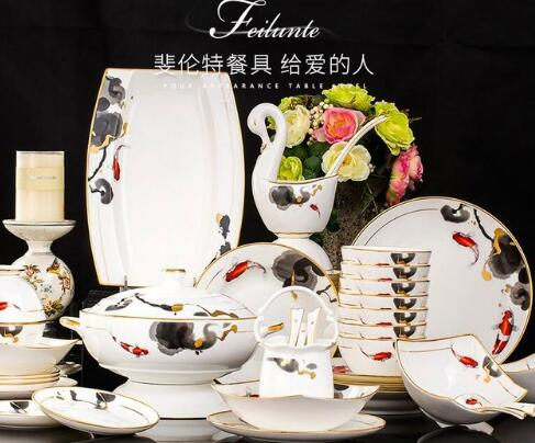 Free ship Luxurious gold-rimmed ceramics dinnerware set high-end European bowl plates dishes set 58 pcs bone china tableware set