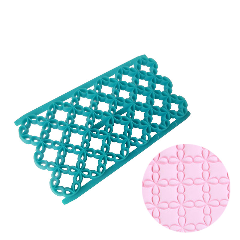 Plastic Lucky Clover Cookie Cutter Mold Biscuit Fondant Sugarcraft Cake Decorating Tools Baking Moulds DIY in Cake Molds from Home Garden