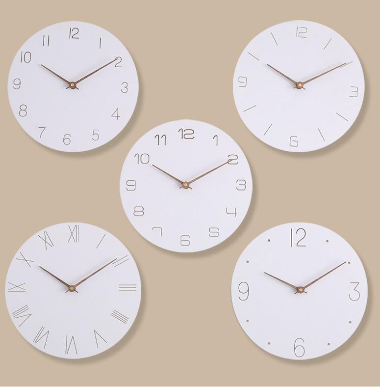 Nordic Creative Simple Round Clock Wooden Digital Wall Clock Modern Design Bedroom Kitchen Study Mute Decorative Quartz Clock