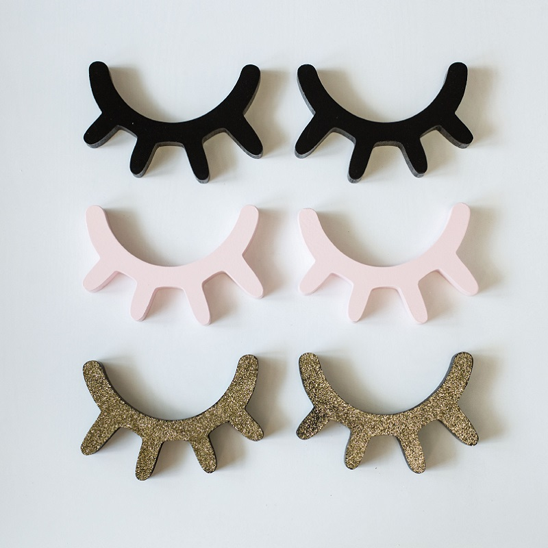 New Arrival Cute 4 Colors Cartoon 3D Wooden Eyelashes Sticker For Baby Bedroom DIY Decoration Lovely