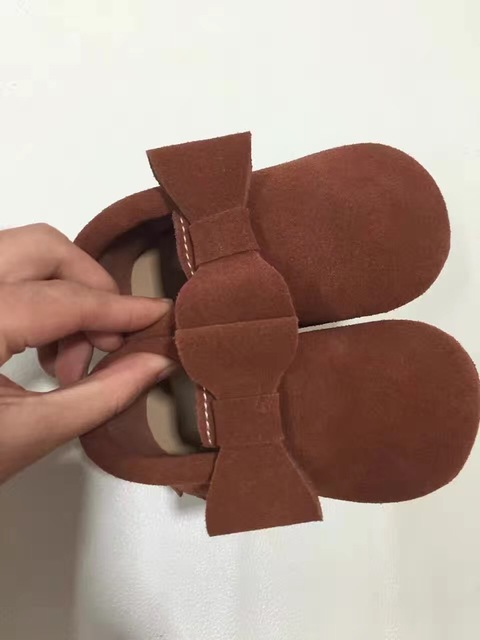 Hard sole baby shoes suede baby moccasins shoes bowknot first walkers tassels child toddler moccas free shipping