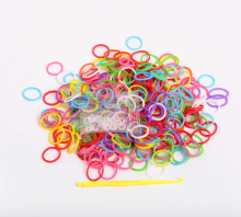 Hot Sell DIY Loom Bands Refills Twistz Bandz Rubber Elastic bands for DIY Bracelet(300 bands+ 12 S-Clips+1 Hook/lot)