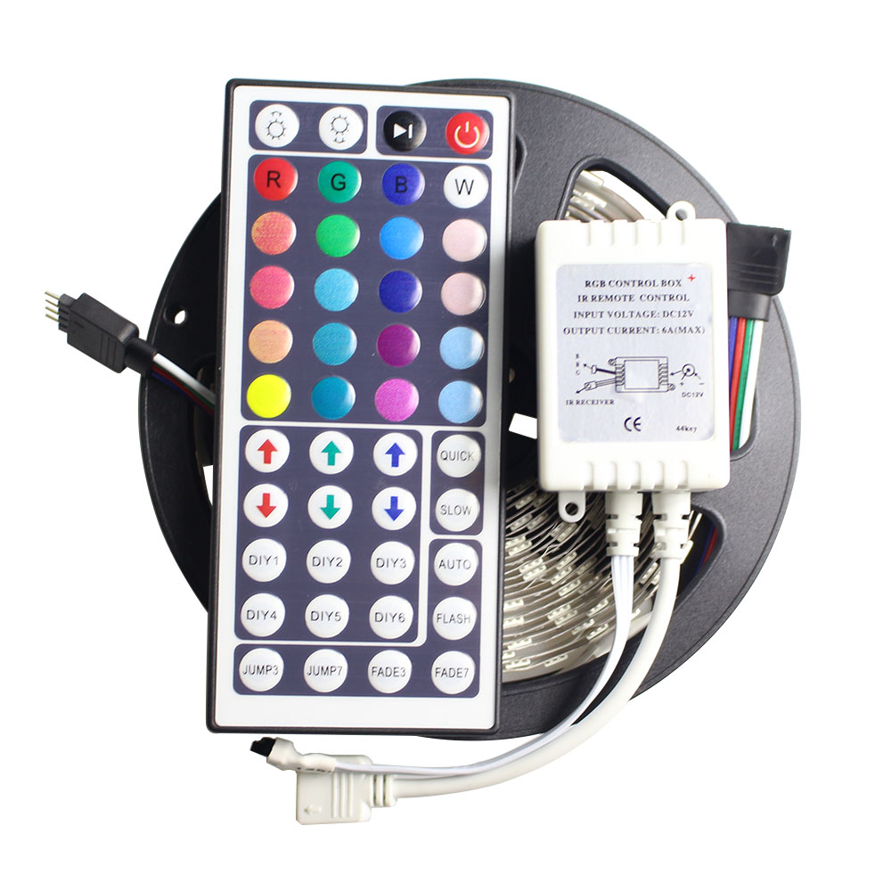 RGB LED páska Flexibilní světlo SMD 5050 DC12V 5M 60LED / m 300dní LED páska pásek Světlo s IR 44 klávesami dálkový ovladač