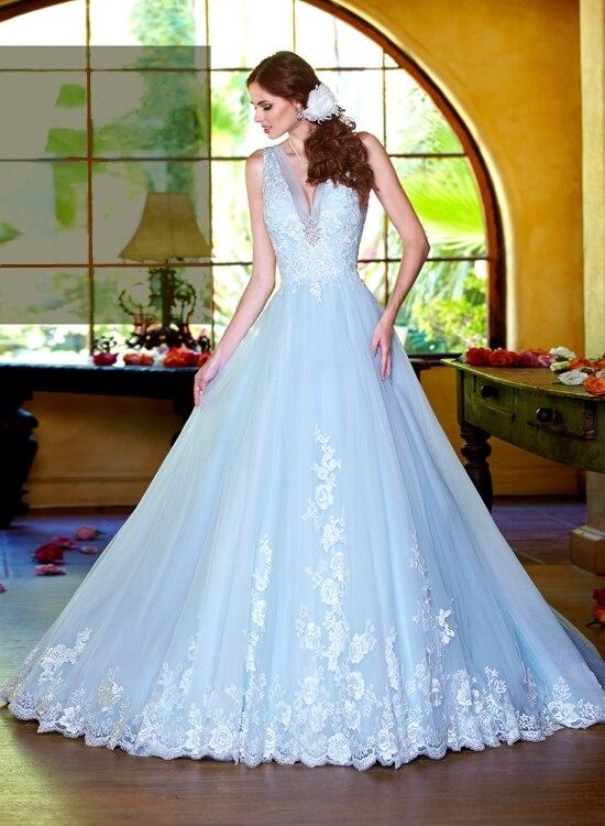 Vestidos de novia color azul cielo