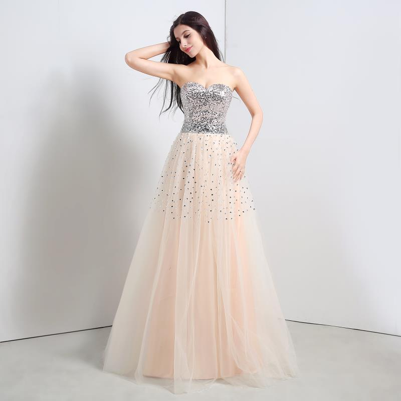 Modelos de vestidos largos color champagne