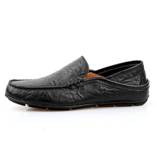 Summer Design Casual Driving Shoes Men Genuine Leather Causal Boat Shoes Loafers Autumn Men Loafers Luxury Brand Flats Shoes