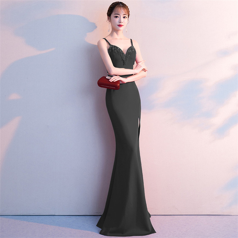 It 39 s Yiiya Spaghetti Strap Evening dress Sexy beading sleeveless party gowns Floor length zipper back Mermaid prom dresses C115 in Evening Dresses from Weddings amp Events