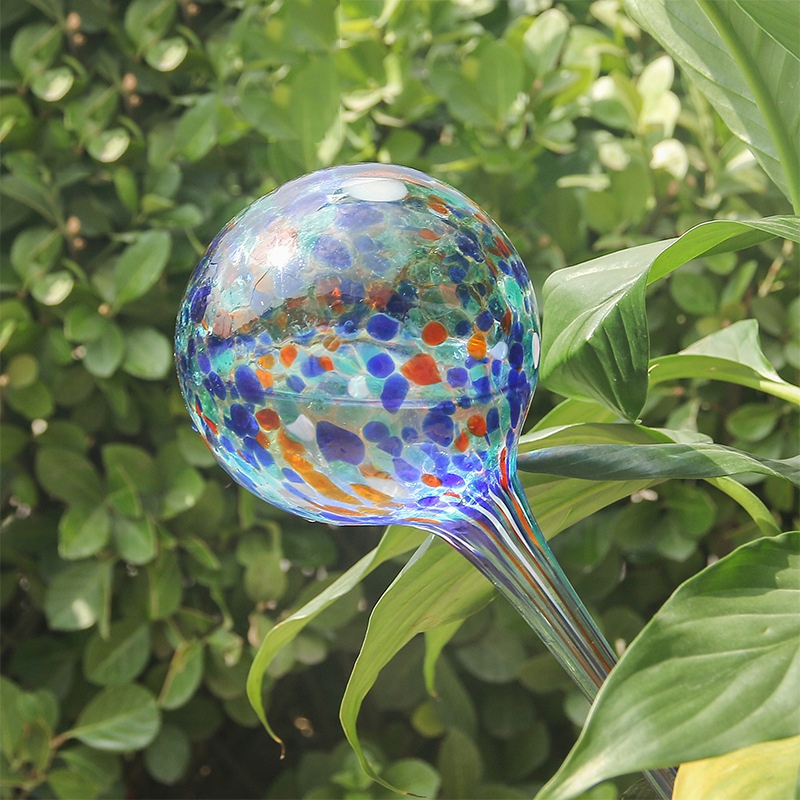 Automatic Plant Watering Globes Mini Decorative Hand-Blown Glass Self Watering Bulbs For House Plant Pot Soil Garden Watering