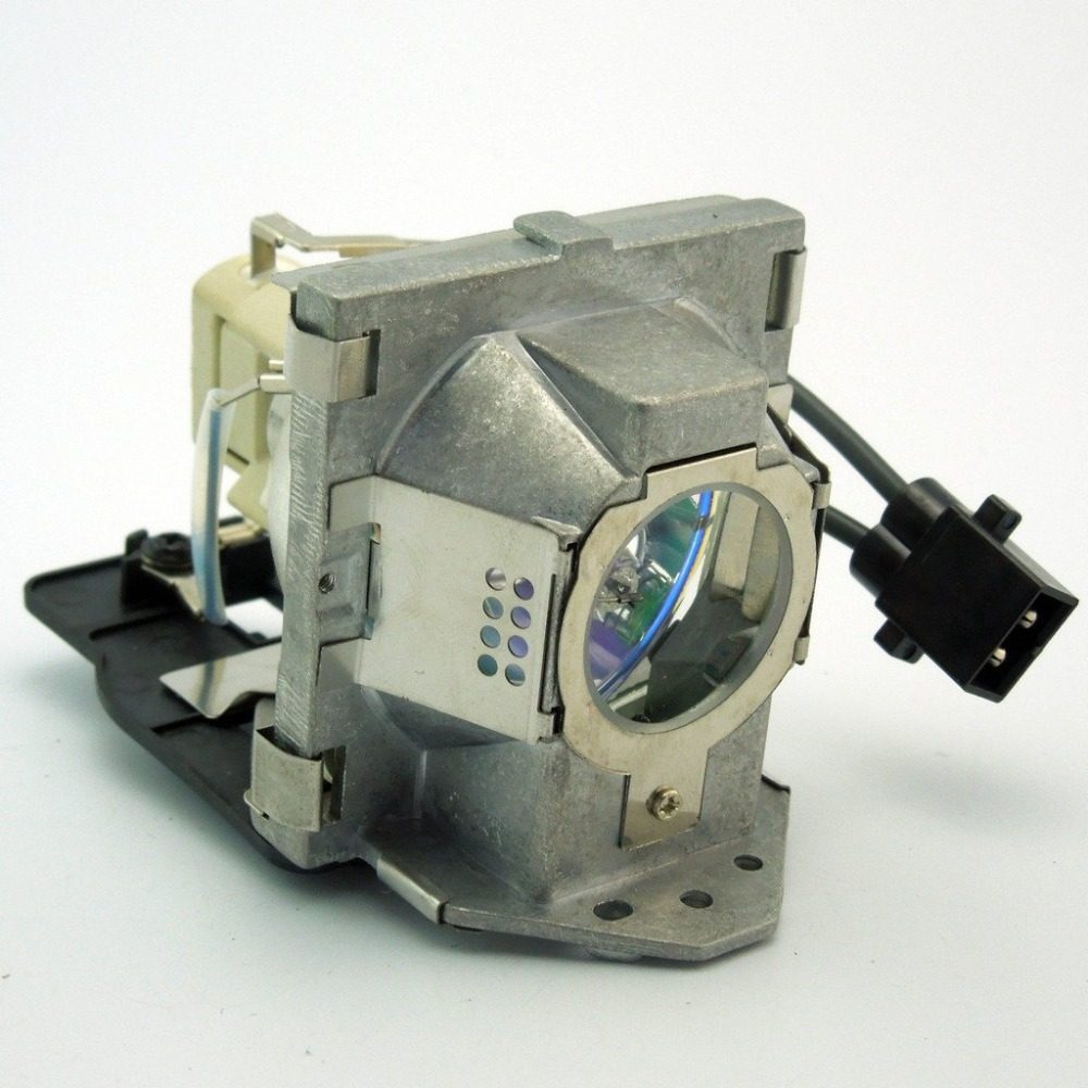 5J.J2D05.001 Replacement Projector Lamp with Housing for BENQ SP920P (Lamp 1)5J.J2D05.001 Replacement Projector Lamp with Housing for BENQ SP920P (Lamp 1)