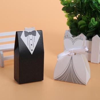 100 stks Bruiloft Decoratie Bruidegom Bruid Jurk Snoep Doos Zwart Wit Wedding Gft Doos Snoep Zak Cadeaus voor Gasten Gunsten tassen
