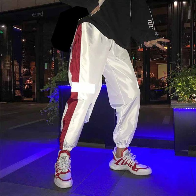 Outdoor 2019 summer autumn loose joggers sport style gym running Reflective elastic hip hop teenagers track pants men