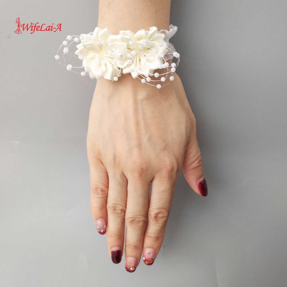 8pcs/lot High Quality Ivory White Wedding Wrist Hand Flowers Bride Bridesmaids Wrist Corsages Bouquet Decor Bridal Prom SW0679