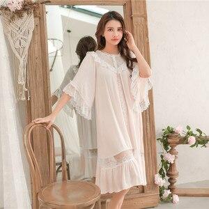 Image 3 - Süße Mode Weiße Spitze der Frauen Lange Nachthemden Sommer Halb Hülse Weiche Viskose Lose Weibliche Nachtwäsche Plus Größe