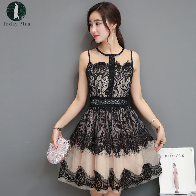 Women Casual Summer Dress Sexy Sleeveless Lace Hollow Out Elegant Party Dresses 2018 Vintage O-Neck Short Tank Dress Plus Size