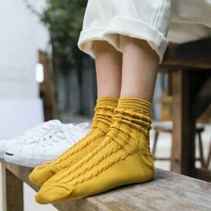 Women Socks Autumn 1 Pair Long Fashion Casual Socks Girls Cotton Solid Color Novelty Women Fashion Retro Cute Socks Lady
