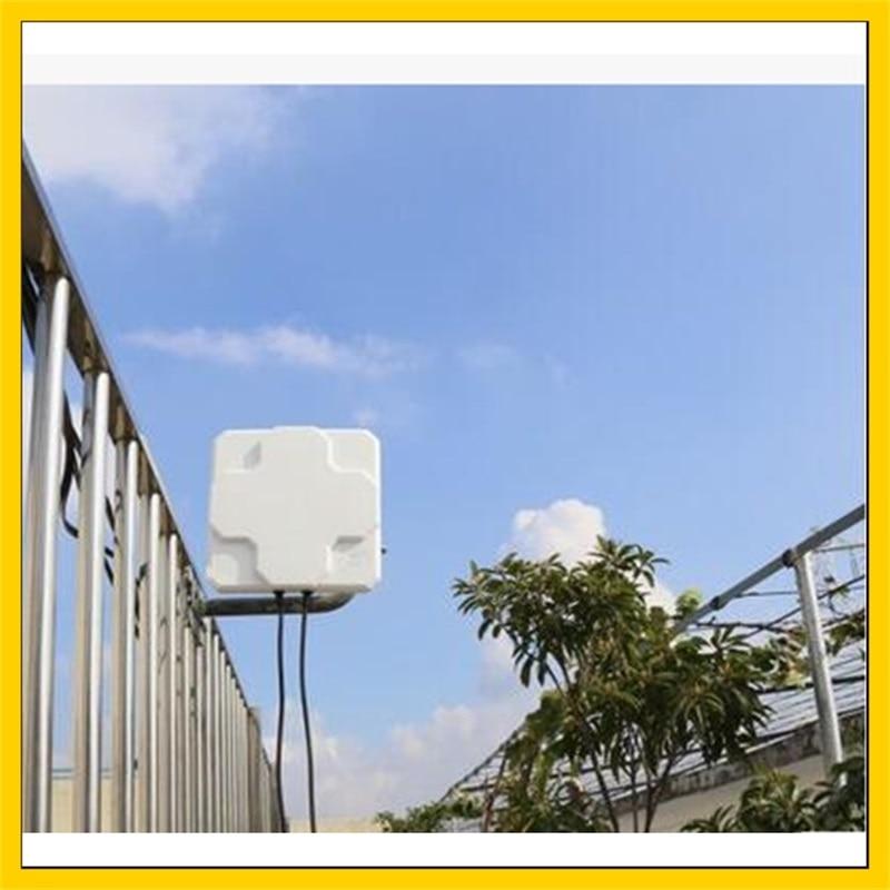 2 22dBi outdoor 4G LTE MIMO antenna LTE dual polarization panel antenna SMA Male connector 5
