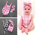 Mamelucos lindos Del Bebé de La Muchacha Bebé Sling Trajes Set Kids Mono 2 Unidades Trajes A Cuadros de Algodón Romper + Venda de los Bebés ropa