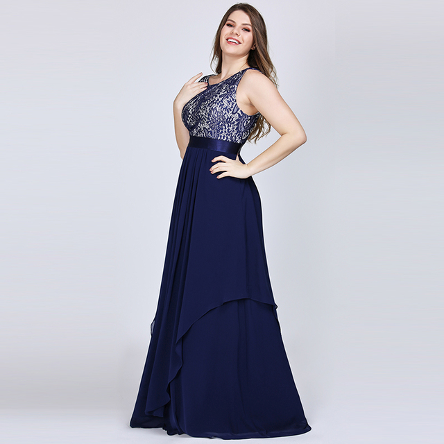 New Arrival Ladies Long Evening Dresses 2019 Elegant Sleeveless O-Neck Lace Plus Size Formal Gowns Chiffon A-line Robe De Soiree 2