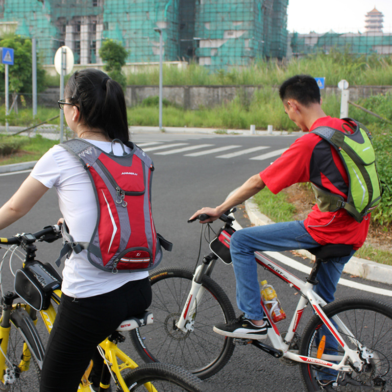 Image 5 - ランニング和のバックパック、防水 5L キャンプ膀胱ウォーターバッグ、通気性スポーツ hydrator サイクリングハイキングバックパック水筒類   -