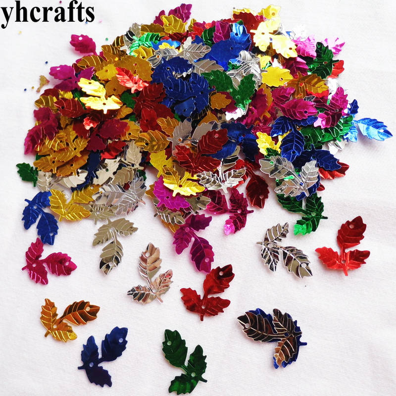 20gram/Lot 15x20mm Three Leaf With Hole Sequin Craft Material Kindergarten Crafts Intelligence Creative Activity Item DIY Toys