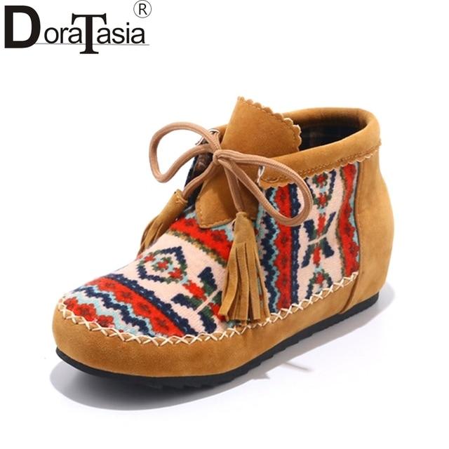 DoraTasia Kadınlar Etnik Baskı Ayakkabı Kadın Lace Up Saçak Tasarım yarım çizmeler Düz Sonbahar Kış Patik 2019 büyük boy 34- 43