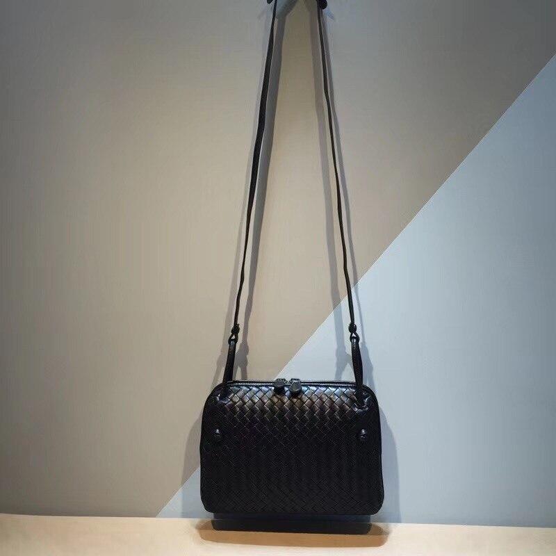 2018 Small square bag Internal and external dermis Woman The single shoulder bag High-quality Woven bag  fashion