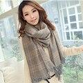 2017 Nuevas mujeres de la llegada suave cozy pashmina bufanda de cachemira mantón de la bufanda de doble propósito de la moda de invierno bufanda bufanda de la borla de Corea