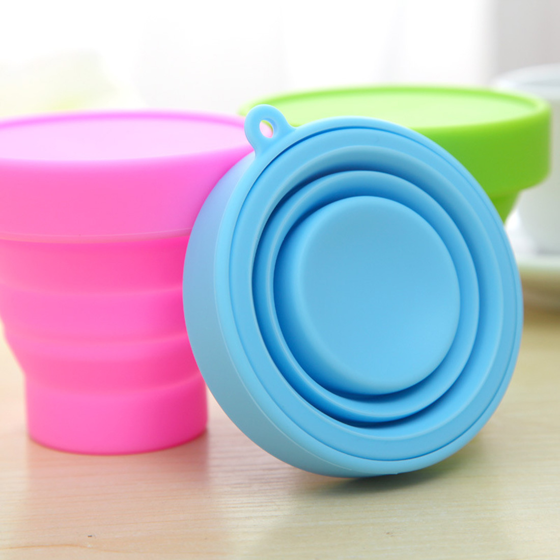 ヾ(^ ^)ノPortable Silicone Retractable Folding Cup ̿̿̿(•̪