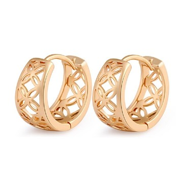 New Promotion Geometric Trendy Acrylic Plated Aretes New Arrival Hollowed-out 18 K Plated Fashion Hoop Earrings For Women