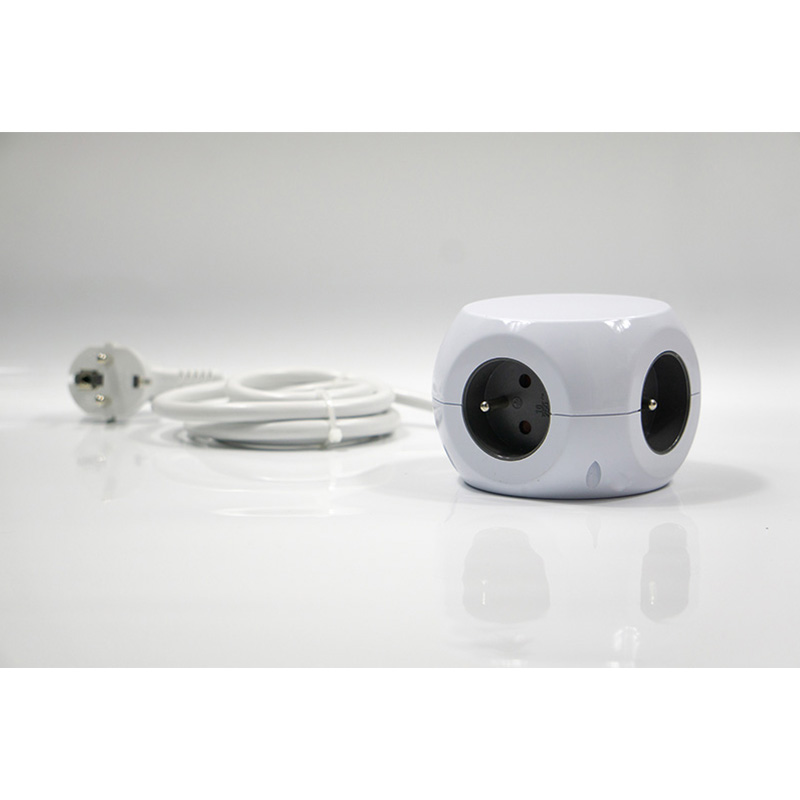 Интеллектное устройство передачи энергии Гнездо для шнура удлинителя ЕС вилка 3 USB розетки общий выход 2.4A адаптер Мощность полосы с длиной кабеля 1,4 м