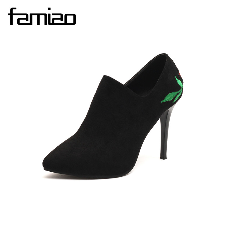 FAMIAO women pumps embroider wedding shoes black  high heel 2017 Rose party shoes zapatos mujer thin heel femme gladiator