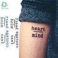 Rocooart HC1113 impermeable tatuaje temporal pegatinas valor miedo corazón mente letras diseño de transferencia de agua Harajuku tatuaje falso