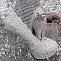 Elegante Flor Rendas Sapatos arco Pérola Sapatos de Noiva Sapatos de Casamento branco Sapatos único bombas 11 cm calcanhar grande tamanho 41-42 Livre grátis
