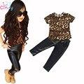 1 Conjunto de Varejo Novo bebe moda cool kids meninas roupas definir leopardo impresso T-shirt PU calças de couro magro legging 2 peça se