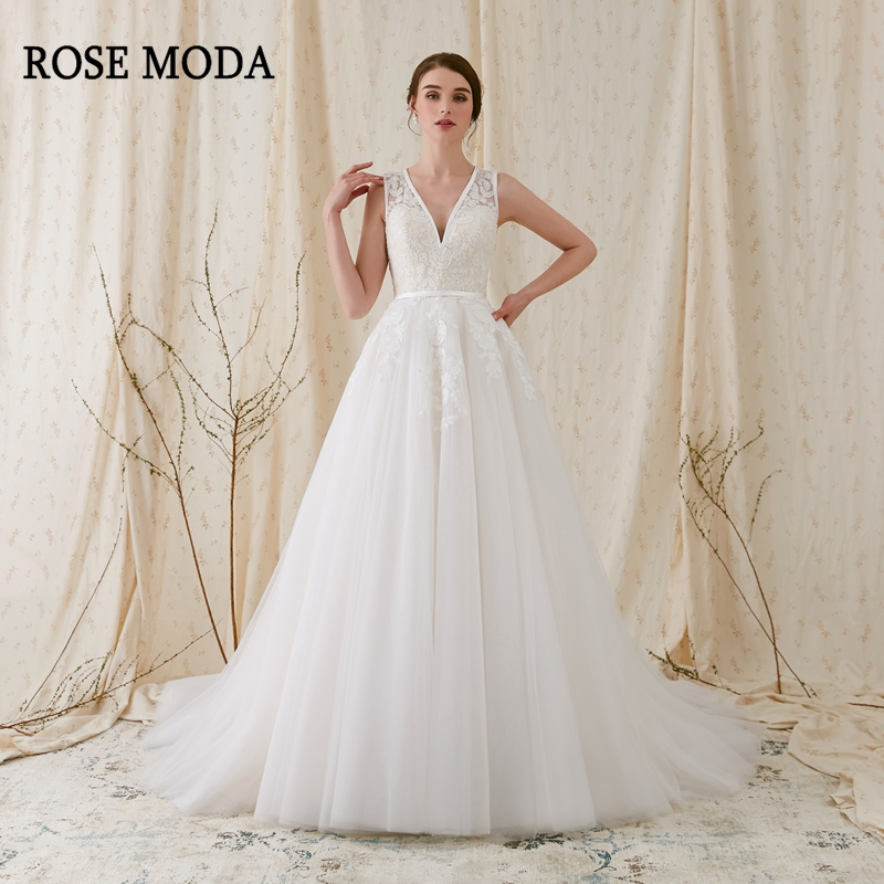 Rose Moda Lace V Neck Wedding Dress with Sleeves Tulle Wedding Dresses Backless 2019 Real Photos
