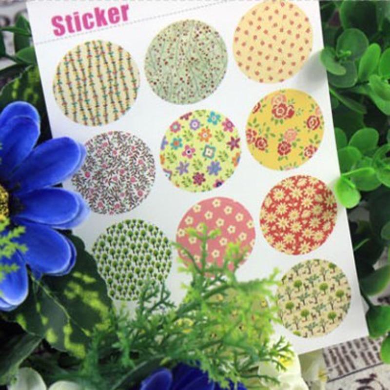 60Pcs Deco Vintage Floral Paper Sticker Cake Packaging Sealing Label Kraft Sticker Baking DIY Work Gift Box Round Stickers M1195