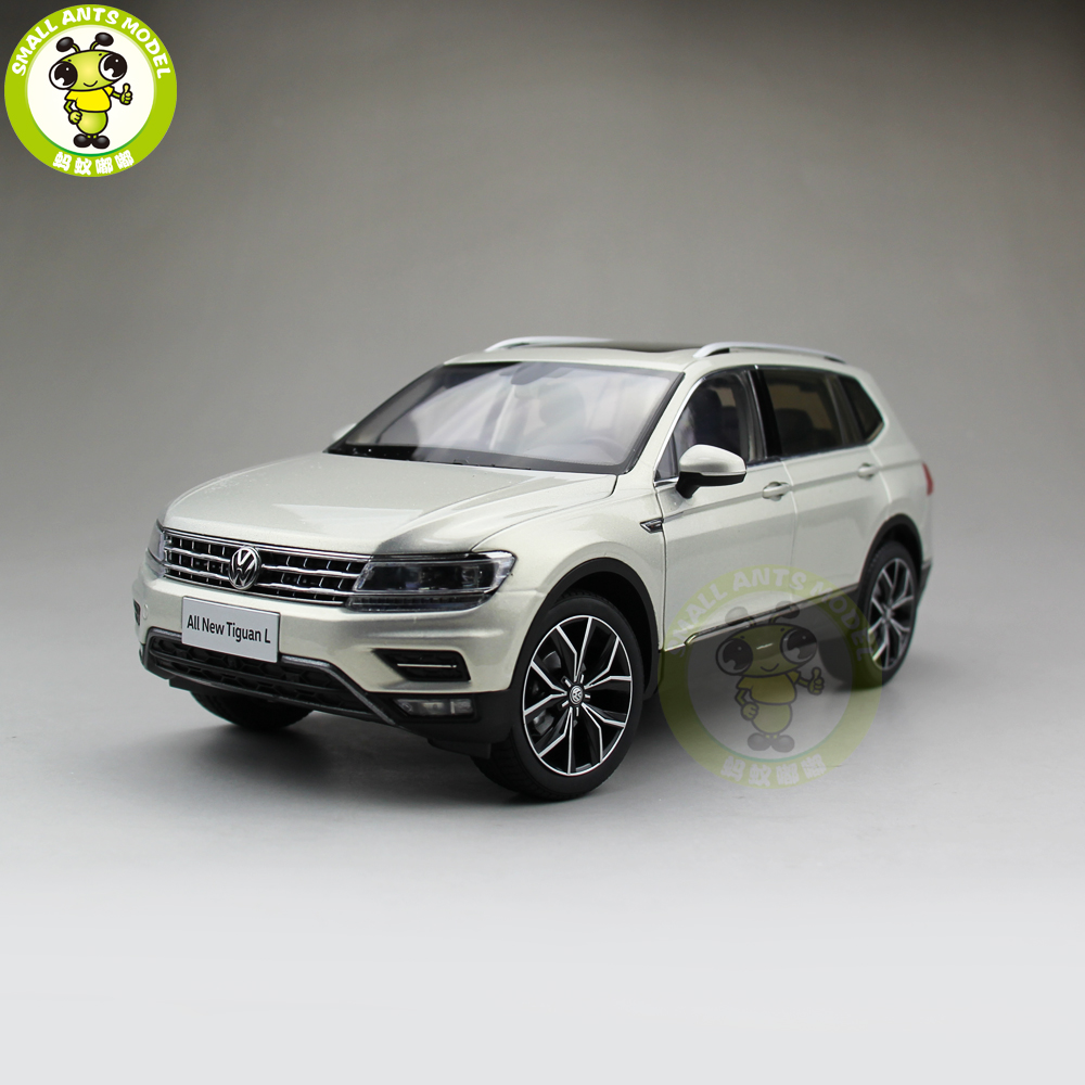 1 18 vw volkswagen tiguan l 2017 suv diecast metal suv car model gift hobby collection silver in. Black Bedroom Furniture Sets. Home Design Ideas