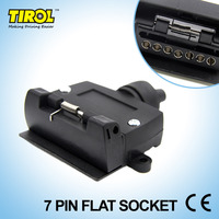 TIROL T21613a New 7 Pin Flat Trailer Socket Light Connector 12V 7 Way Female Trailer Adapter