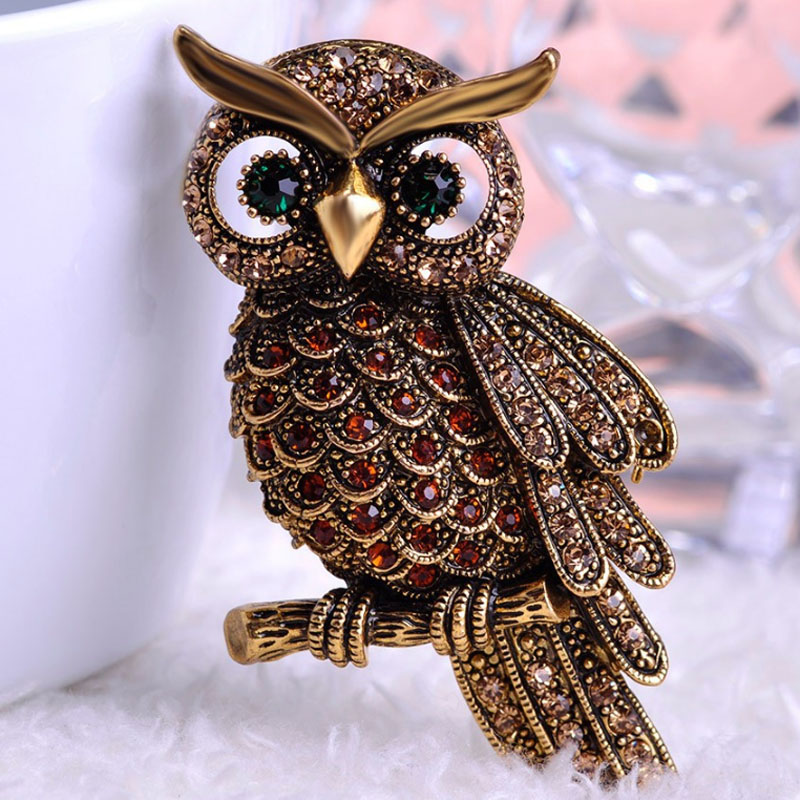 Blucome Cute Owl Brooches For Men Jewelry vintage Corsage Brooch Broach Insect Hijab Pin Up Broches Rhineston Crystal Brooch
