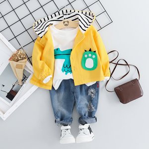 Image 3 - Kind Baby Jungen Kleidung Sets Cartoon Mantel 3PCS Mode Kleinkind Mädchen Baby Anzug für Jungen Mantel + t shirt + hosen 1   4 Y