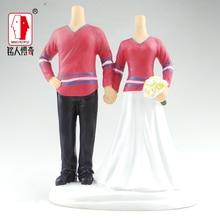 Wedding gift wedding cake topper coulpe resin body / creative gifts / clay dolls / custom / clay doll body SR263