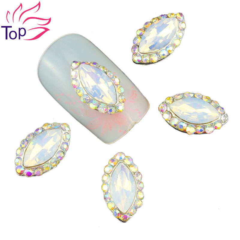 Top Nail 10 Pcs Silver Alloy Protein Drill Rhinestones For Nails 4 Color Crystal Horse eye Design 3D Nail Art Decorations TN1578